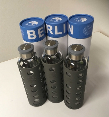 Spar Set Acala Glasflasche Berlin mit softgrip Ummantelung 700ml